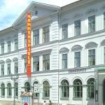 748px-Kammerspiele-Meiningen1